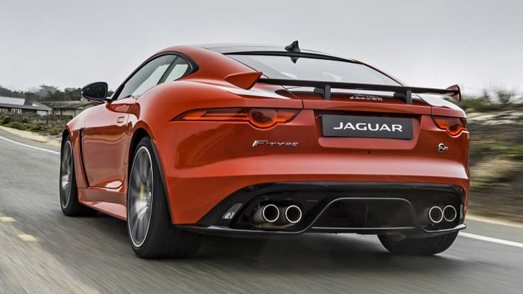 2017 Jaguar F-Type SVR 01
