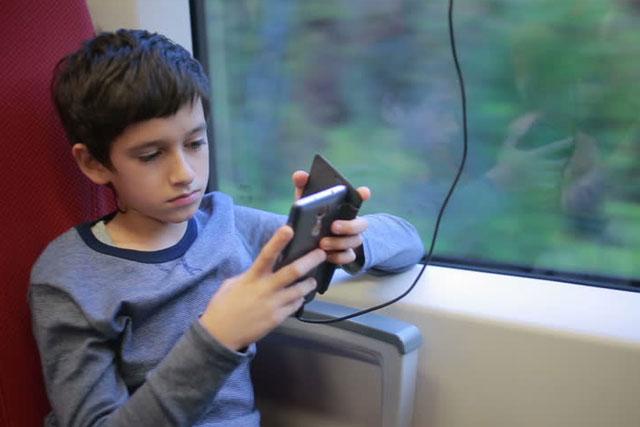 Teen Boy Electronic Gadget
