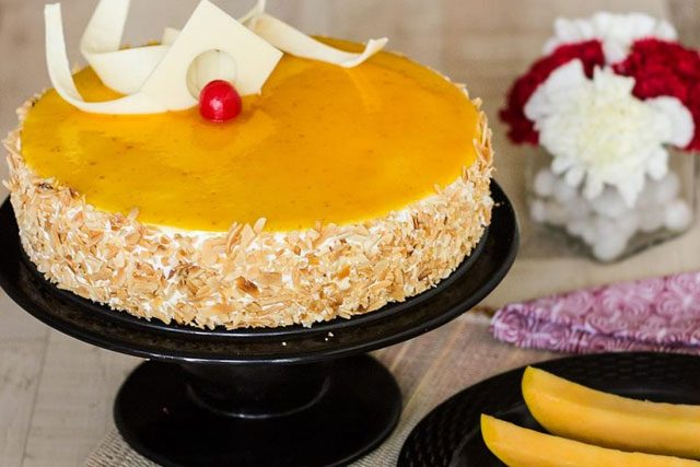 Bake The Mango Mirror Cake