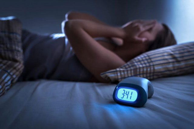 How to Fall Asleep Fast and Easy: 8 Helpful Tips